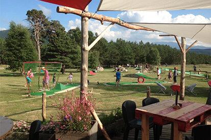 angles-aventure-autour-lac-mini-golf